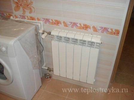 установка радиатора в ванной